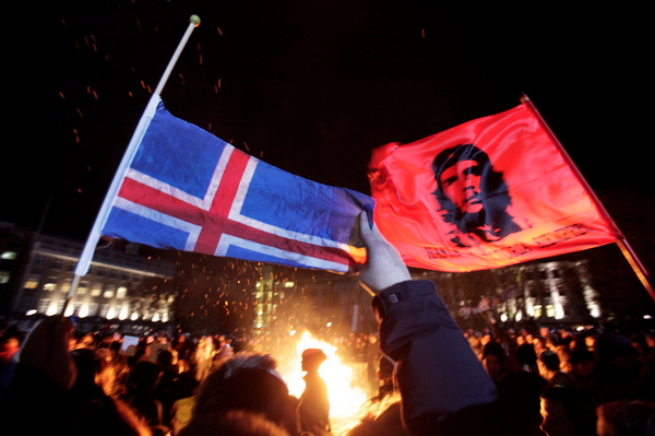 Что такое исландская революция, и почему её нет в новостях