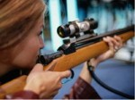 Как поразить друзей меткой стрельбой в тире?