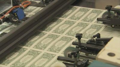 Чем закончится эксперимент с бумажными деньгами