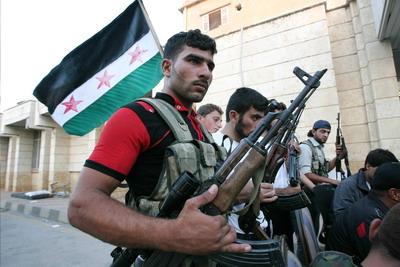 Сирийские повстанцы подумывают объединиться с правительственными силами для борьбы против Аль-Каиды