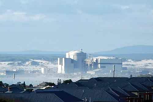 0405-ONUKES-NUCLEAR-PLANT-CAPE-TOWN-AFRICA_full_600