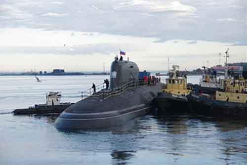 """Российский """"Зверь из глубин"""" беспокоит военный флот США и Британии"""