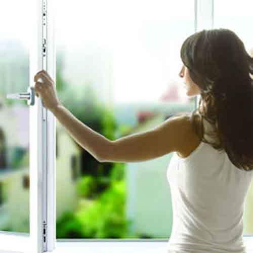 Правильный уход за металлопластиковыми окнами