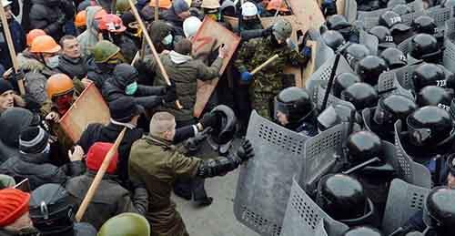 США разжигают гражданскую войну в Украине
