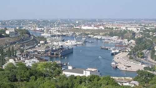 Севастополь стремится вернуться к «матери России»