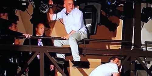 16 месяцев без зарплаты: отчаявшиеся рабочие на фестивале в Сан-Ремо угрожают самоубийством