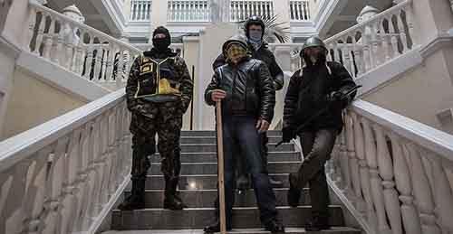 США и ЕС платят участникам беспорядков и протестов на Украине