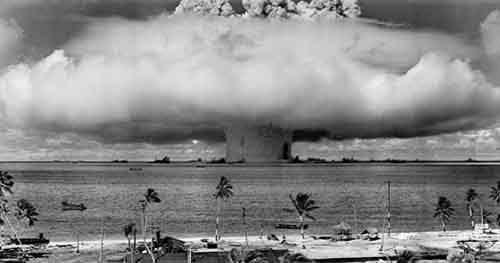 Россия испытывает ядерное оружие, провоцируя новую холодную войну