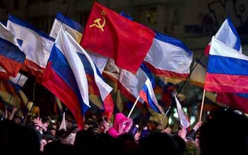 Пророссийская демонстрация в Крыму: западные лидеры понятия не имеют, что теперь делать