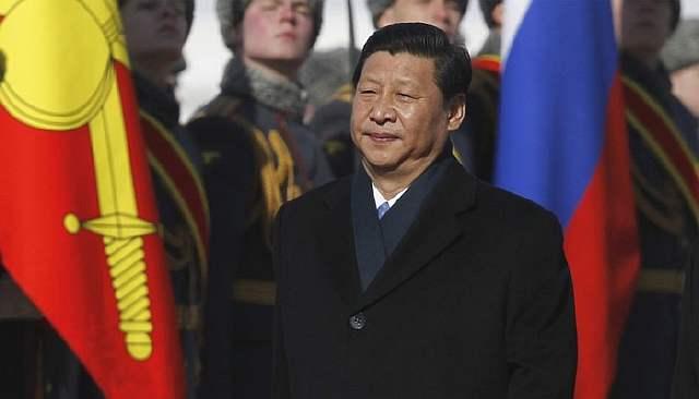 Обречённая Америка избирает мишенью Китай и Россию