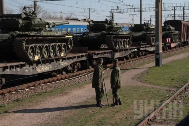 Россия ответила военными учениями на АТО в Украине и напомнила о возможности ввода войск