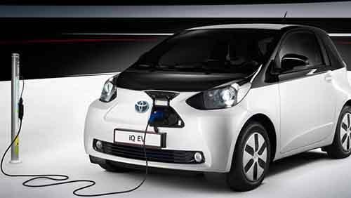 ЕС хочет снизить шум от обычных автомобилей и увеличить от электрокаров