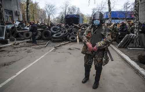 Славянск - блокпосты атаковали, есть жертвы, ополченцы готовятся к штурму