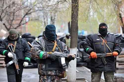 Угроза: пророссийские протестующие в Славянске, Украина