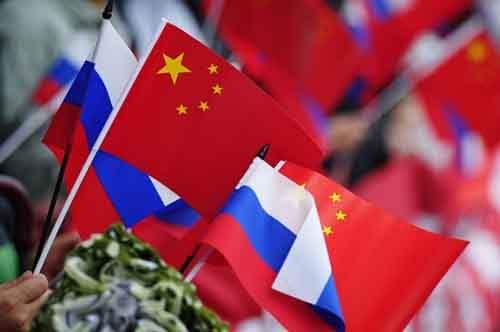 Россия и Китай намерены завершить переговоры по газовому соглашению до майского визита Путина