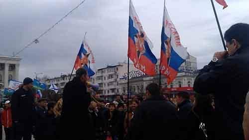 Референдум по государственному устройству Украины может пройти 25 мая