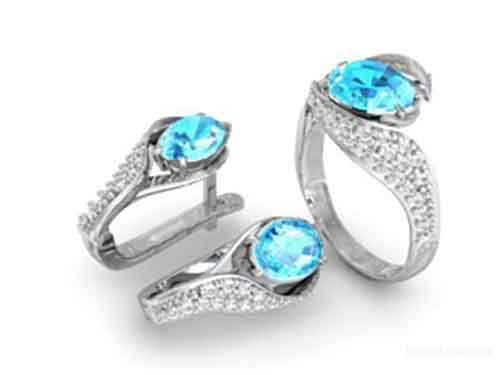 Серебряные украшения как элемент стиля