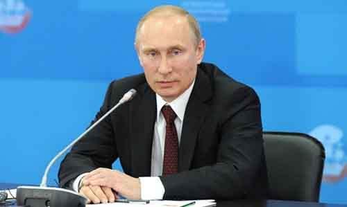 Возрождает ли Россия свою империю?