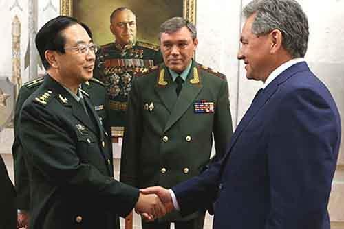 Как российско-китайское партнёрство скажется на судьбе доллара