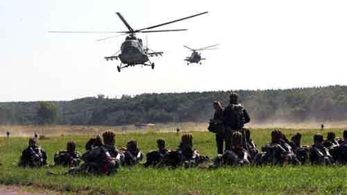 359079_Ukraine-paratroopers