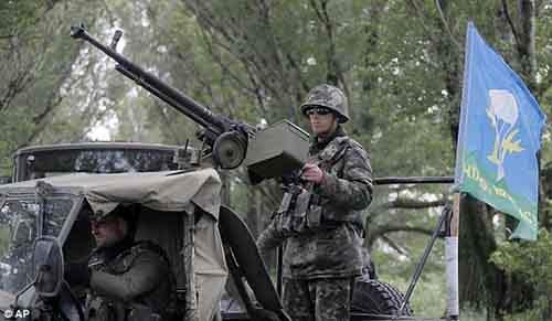Украинские войска направляются на позиции в Славянск