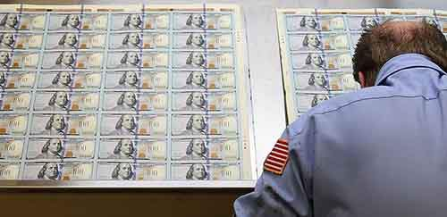 Image: FILE: New $100 Bill Released