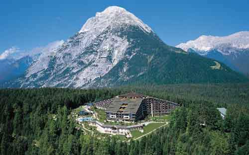 Бильдерберсгский клуб соберется на следующую в встречу в Тирольских Альпах