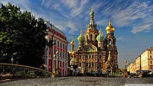 Два взгляда на Россию