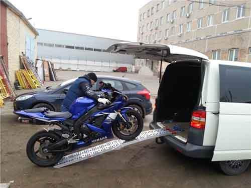 Как перевезти мотоцикл не заводя его?