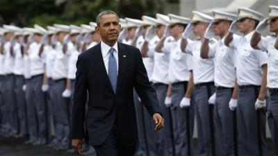 Президент США Барак Обама на торжественной церемонии  в Военной Академии Вест-Пойнт 28 мая 2014 года