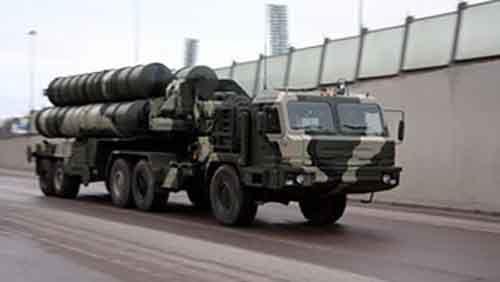 Российский ракетный комплекс С-400 делает истребитель F-35 устаревшим
