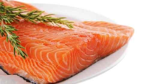 bigstock-fresh-raw-red-fish-fillet-on-w-49054787