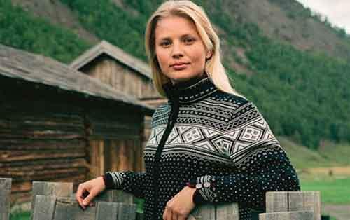 Нужна качественная шерстяная норвежская одежда? Приобретай Dale of Norway