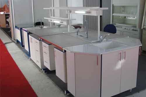 Мебель для оснащения лабораторий