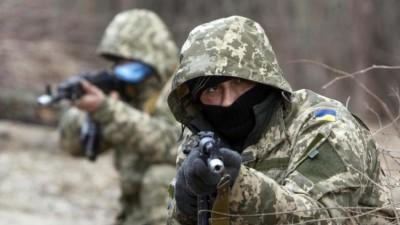 Украинские десантники на учениях под Житомирм, 6 марта 2015 года