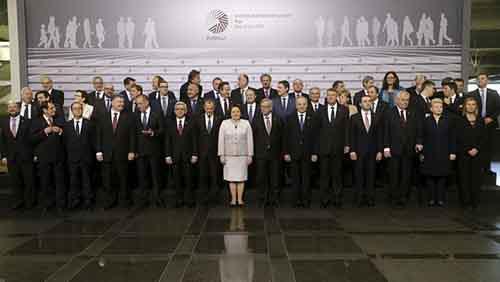 2015-05-22T144159Z_2_LYNXMPEB4L0R1_RTROPTP_4_UKRAINE-CRISIS-EU