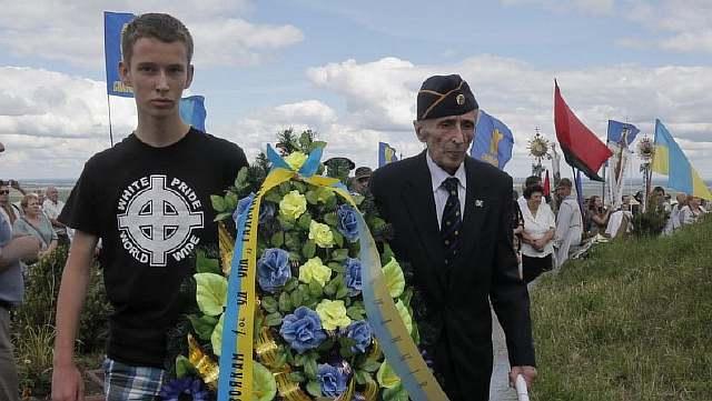 Ukraine-Nazi-Commande_Horo-2-e1375357094807