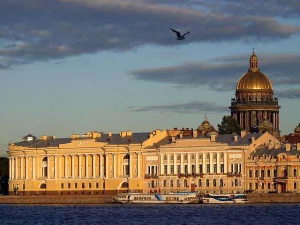 Как незабываемо провести время в Санкт-Петербурге