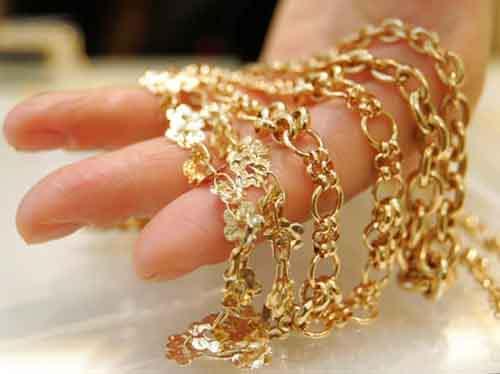 Как следует действовать тем, кто хочет выгодно продать золотое украшение