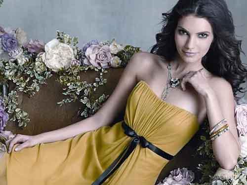 Где отыскать модное платье