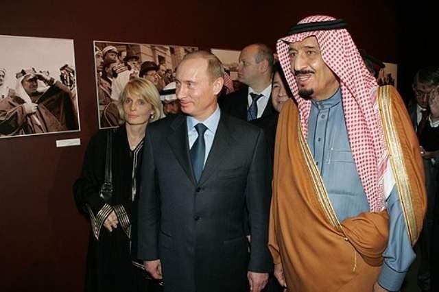 Vladimir_Putin_in_Saudi_Arabia_11-12_February_2007-14_0_(1)