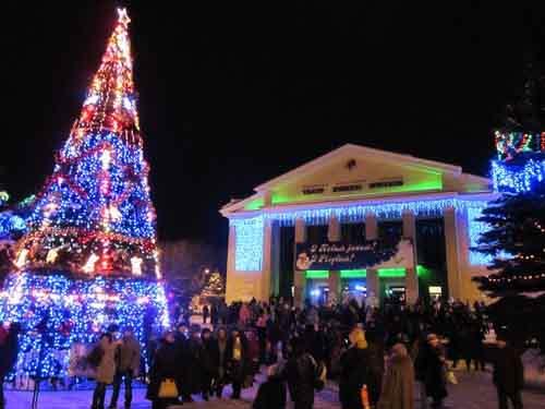 Доступные цены на билеты на новогодние елки