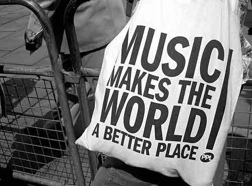 Музыка помогает в любых начинания