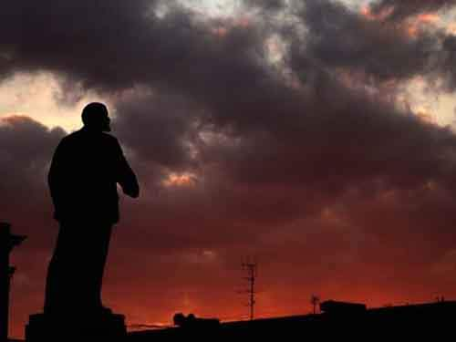 Lenin-statue-Filippo-Monteforte-AFP-Getty-640x480