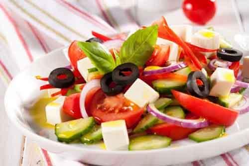 Необычный рецепт салата из фетаксы