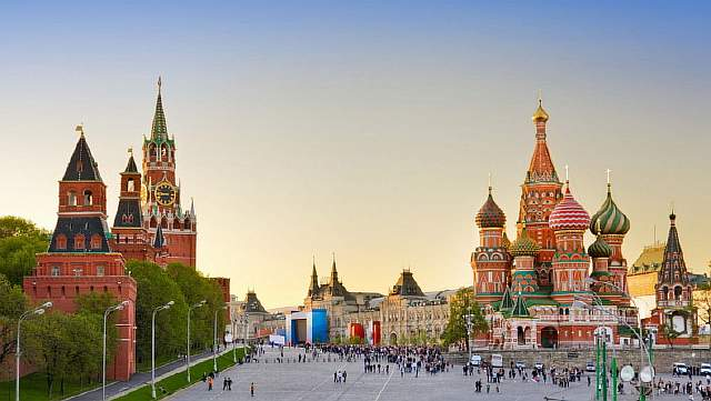 Red-square-moscow-russia-tours-wallpaper-2014-07-03-40