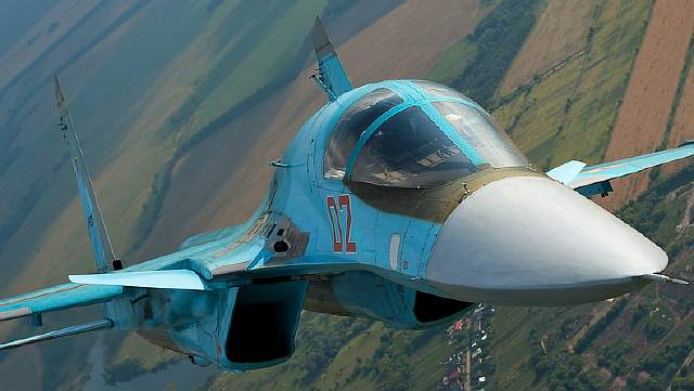 Sukhoi Su-34 (Russian Сухой Су-34) (export Su-32, NATO Fullback) Russian twin-seat fighter-bomber India China Iran Syria