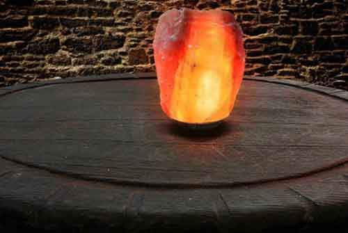 himalayan-pink-salt-lamp-text