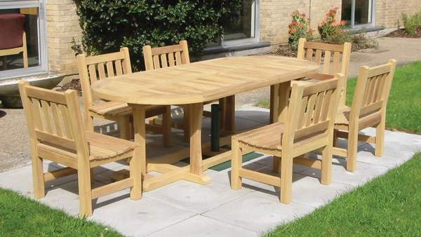 wetherby_dining_table