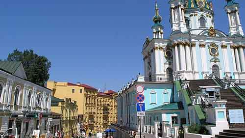 Podil-St-Andrews-Church1-640x360